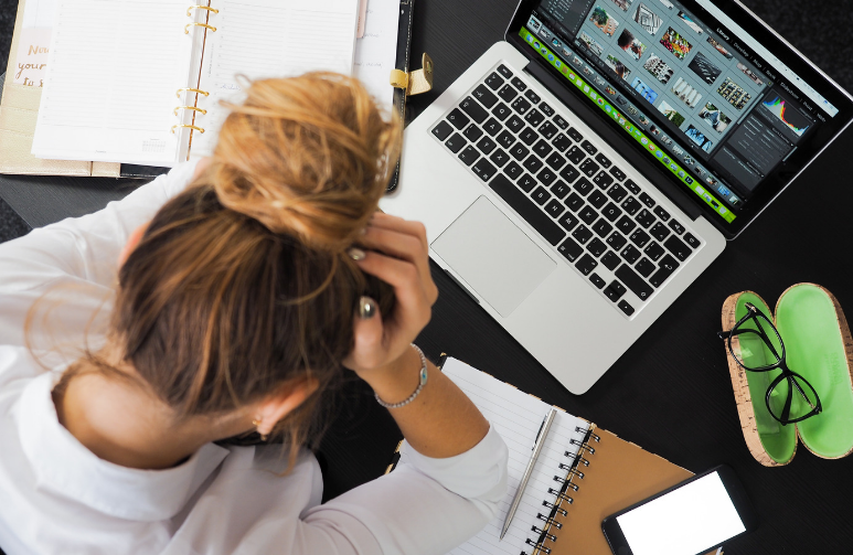 Estrés laboral y consecuencias